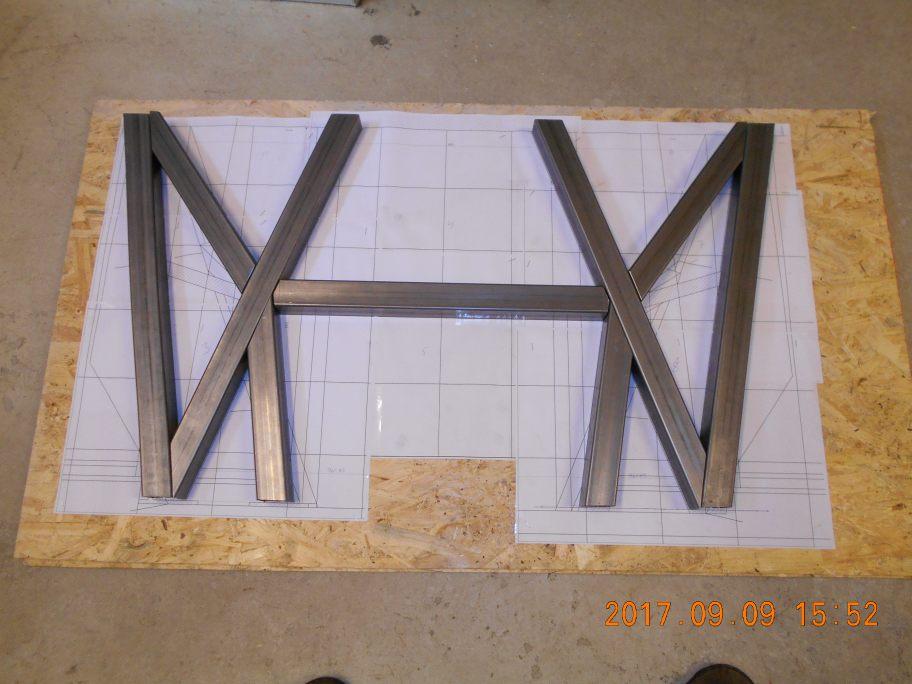 bootshelf1.jpg.4058a84cd3c99afcc1d61b95bc60d5b9.jpg