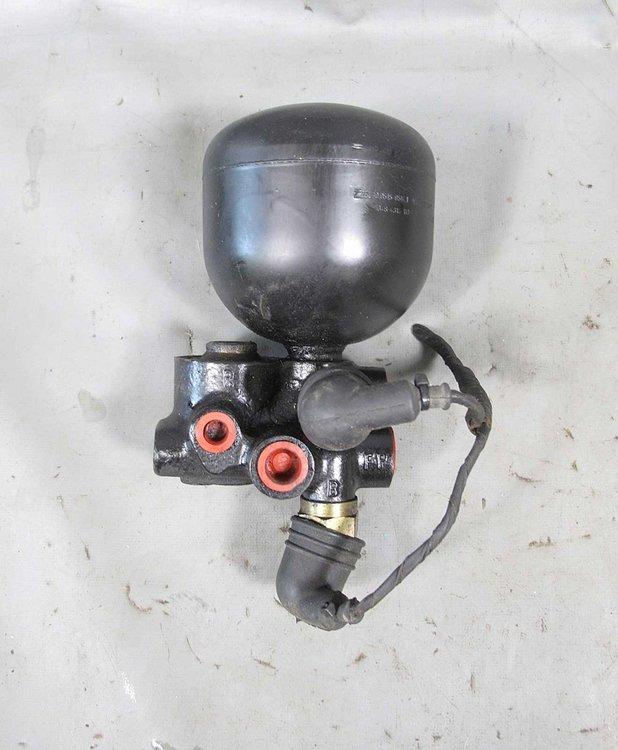E28 bomb.jpg